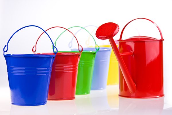 Fill Your Bucket Leaders by Filling Those You Lead
